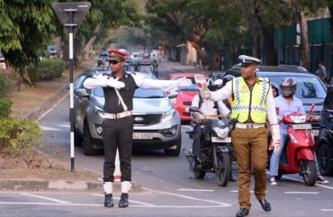 Police and Army in traffic control in Sri Lanka